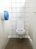 Δημόσιος θαλαμίσκος τουαλετών στοκ φωτογραφίες