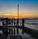 Δημόσιο πορθμείο φορτίου, πόλη Kennedy, Χονγκ Κονγκ: μια από τις λίγες καλύτερες θέσεις για τη λήψη των φωτογραφιών ηλιοβασιλέματ στοκ εικόνα