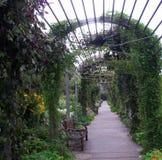Διάβαση πεζών κήπων Στοκ Εικόνες