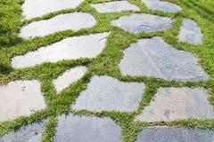 Διάβαση πεζών πετρών στο πάρκο Στοκ Εικόνα