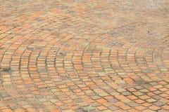 Διάβαση πεζών τούβλου σε ηλιόλουστο στοκ εικόνες με δικαίωμα ελεύθερης χρήσης
