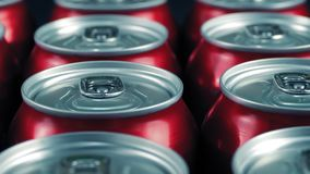 Διάβαση των δοχείων του ποτού στο εργοστάσιο απόθεμα βίντεο