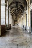 Διάδρομος και κιβωτοί στοκ φωτογραφία με δικαίωμα ελεύθερης χρήσης
