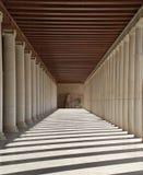 διάδρομος της Ελλάδας στηλών της Αθήνας στοκ εικόνες με δικαίωμα ελεύθερης χρήσης