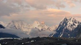 Διάθεση βραδιού στα βουνά Karakorum Στοκ Φωτογραφία