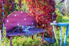 Διάθεση - φθινόπωρο πεσμένα φύλλα νοσταλγία στοκ φωτογραφία