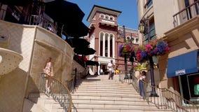 Διάσημα βήματα μέσω του ροντέο στο Μπέβερλι Χιλς - ΛΟΣ ΑΝΤΖΕΛΕΣ, ΗΠΑ - 1  απόθεμα βίντεο