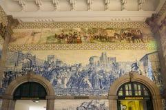 Διάσημη επιτροπή Azulejo στο σιδηροδρομικό σταθμό Bento Σάο στο Πόρτο, Στοκ φωτογραφία με δικαίωμα ελεύθερης χρήσης