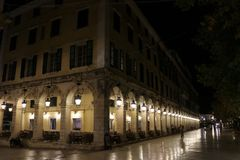 Διάσημη οδός Liston στην πόλη Ελλάδα της Κέρκυρας Στοκ φωτογραφίες με δικαίωμα ελεύθερης χρήσης