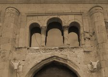 Διάσημη πύλη εισόδων Svetitskhoveli Mtskheta στοκ εικόνες με δικαίωμα ελεύθερης χρήσης