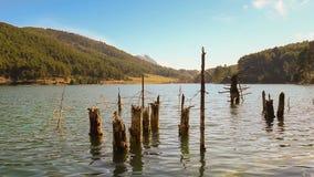 Διάσημη τουριστική λίμνη Doxa προορισμού στην Ελλάδα φιλμ μικρού μήκους