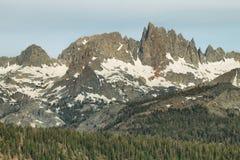 Διάσημοι μαμμούθ μιναρή βουνών, Καλιφόρνια Στοκ Φωτογραφίες
