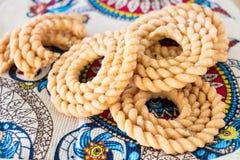 Διάσημο νότιο ινδικό παραδοσιακό πρόχειρο φαγητό Chakli Διαμορφωμένα σπείρα cris Στοκ Εικόνα