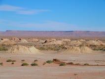 Διάσημο πανόραμα Ketthara, ένα φρεάτιο νερού στο αφρικανικό τοπίο ερήμων Σαχάρας κοντά στην πόλη Erfoud στο Μαρόκο στοκ φωτογραφία με δικαίωμα ελεύθερης χρήσης