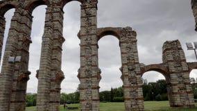 Διάσημο ρωμαϊκό υδραγωγείο του Los Milagros στο Μέριντα, Ισπανία απόθεμα βίντεο