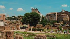 Διάσημο ρωμαϊκό φόρουμ Ένας από το διασημότερο και δημοφιλή τόπο προορισμού τουριστών στη Ρώμη και την Ιταλία απόθεμα βίντεο