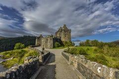 Διάσημο Eilean Donan Castle, νησί της Skye, Χάιλαντς, Σκωτία, Ηνωμένο Βασίλειο στοκ εικόνα με δικαίωμα ελεύθερης χρήσης