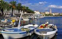διάσπαση λιμένων της Κροατίας πόλεων Στοκ φωτογραφία με δικαίωμα ελεύθερης χρήσης