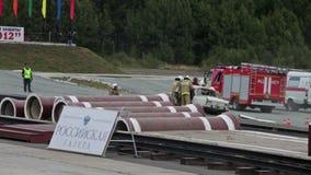 Διάσωση των θυμάτων στο ατύχημα φιλμ μικρού μήκους