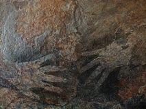 Διάτρητο ζωγραφικής χεριών στο ύφος της προϊστορικής τέχνης σπηλιών στοκ φωτογραφίες