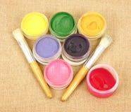 διάτρητο χρωμάτων βουρτσών στοκ εικόνα με δικαίωμα ελεύθερης χρήσης
