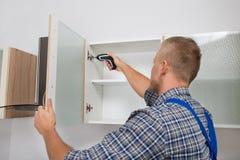 Διάτρυση ξυλουργών στο γραφείο Στοκ φωτογραφία με δικαίωμα ελεύθερης χρήσης