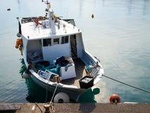 Διάφορα αλιευτικά σκάφη δένονται Στοκ Φωτογραφία
