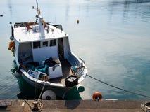 Διάφορα αλιευτικά σκάφη δένονται Στοκ Εικόνες