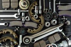 Διάφορα μέρη και εργαλεία αυτοκινήτων στοκ εικόνα