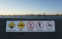 Διάφορα σημάδια στην παραλία Αυστραλία του ST Kilda στοκ εικόνες με δικαίωμα ελεύθερης χρήσης