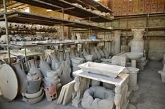Διάφορα χειροποίητα αντικείμενα Archeological Pompeiian Στοκ Εικόνες