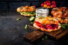 Διάφορα bagels σάντουιτς Στοκ Φωτογραφίες