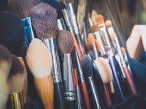 Διάφορες βούρτσες makeup για την ομορφιά Στοκ φωτογραφίες με δικαίωμα ελεύθερης χρήσης