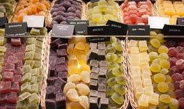 Διάφορες καραμέλες ζελατίνας στην αγορά Στοκ Φωτογραφία