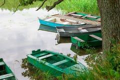 Διάφορες παλαιές βάρκες κωπηλασίας Στοκ φωτογραφία με δικαίωμα ελεύθερης χρήσης