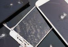 Διάφορες σπασμένες έξυπνες τηλεφωνικές οθόνες Στοκ εικόνες με δικαίωμα ελεύθερης χρήσης
