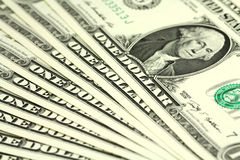 Διάφοροι λογαριασμοί στο υπόβαθρο ενός αμερικανικού δολαρίου Στοκ φωτογραφία με δικαίωμα ελεύθερης χρήσης