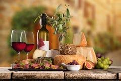Διάφοροι τύποι ιταλικών τυριών στοκ φωτογραφία