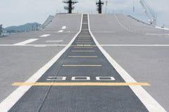 Διάδρομος στην απογείωση στο θωρηκτό Στοκ φωτογραφία με δικαίωμα ελεύθερης χρήσης
