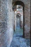 Διαβάσεις πεζών στους τοίχους Aurelian της Ρώμης στοκ φωτογραφίες