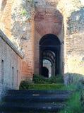Διαβάσεις πεζών στους τοίχους Aurelian της Ρώμης στοκ εικόνες με δικαίωμα ελεύθερης χρήσης
