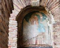 Διαβάσεις πεζών στους τοίχους Aurelian της Ρώμης στοκ φωτογραφία