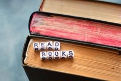 Διαβάστε τις συμβουλές βιβλίων στοκ φωτογραφία