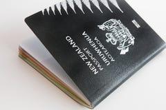 Διαβατήριο της Νέας Ζηλανδίας στο άσπρο υπόβαθρο Στοκ Φωτογραφία