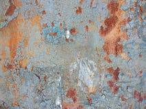 διαβρωμένο ανασκόπηση μέτα& Σκουριασμένο υπόβαθρο μετάλλων με τις ραβδώσεις των λεκέδων σκουριάς σκουριάς Rystycorrosion Στοκ Εικόνα