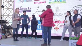 Διαγωνισμοί για τις εγκύους γυναίκες από το κανάλι Domashny απόθεμα βίντεο