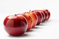 διαγώνια σειρά μήλων Στοκ φωτογραφία με δικαίωμα ελεύθερης χρήσης