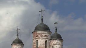 Διαγώνια σύννεφα εκκλησιών απόθεμα βίντεο