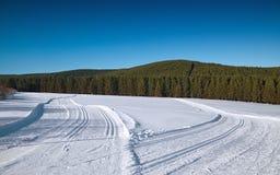 Διαγώνιος να κάνει σκι χωρών τρόπος Στοκ εικόνα με δικαίωμα ελεύθερης χρήσης