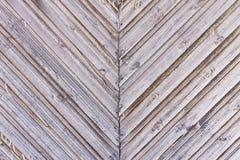 Διαγώνιος ξύλινος φράκτης των σανίδων Στοκ Φωτογραφίες
